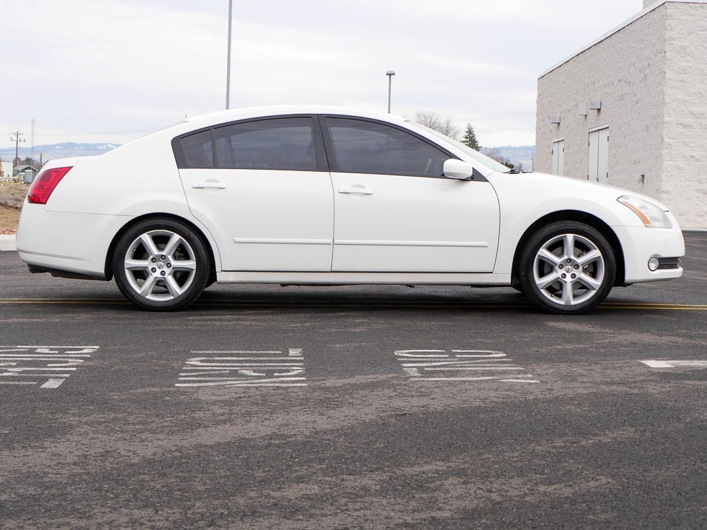 used 2006 nissan maxima 3 5 se 4d sedan near walla walla. Black Bedroom Furniture Sets. Home Design Ideas